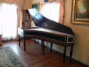 Franco/Flemish harpsichord based on the original instrument in the Boston Museum of Fine Arts by Couchet~Blanchet~Taskin